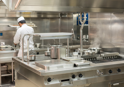 5 types of equipment for commercial kitchen design